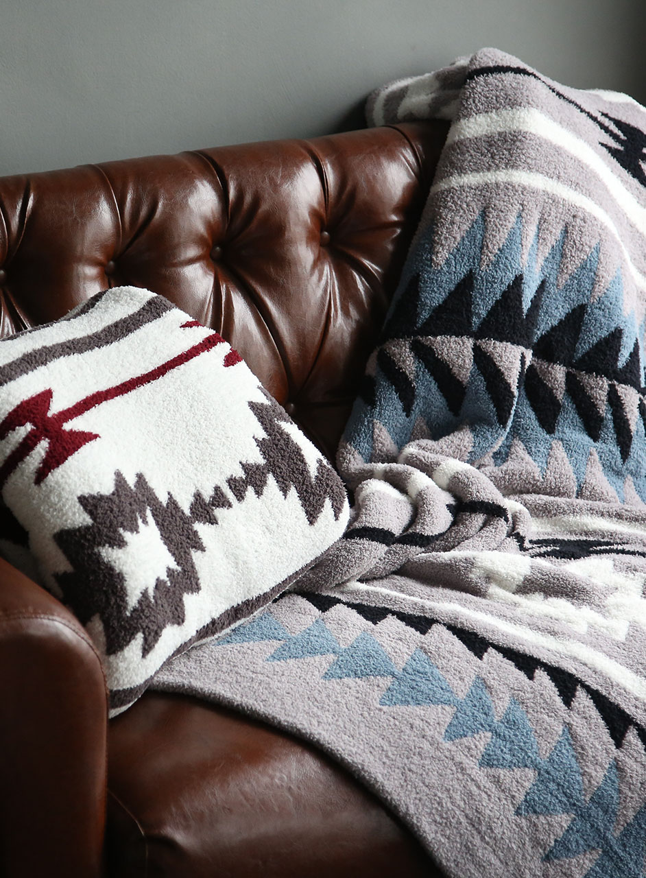 807 Cozychic Native Blanket