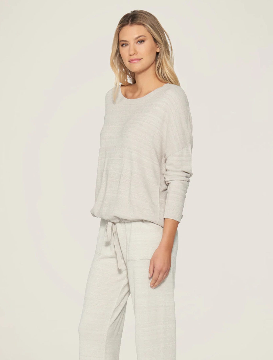 WOMENS SLOUCHY PULLOVER B495