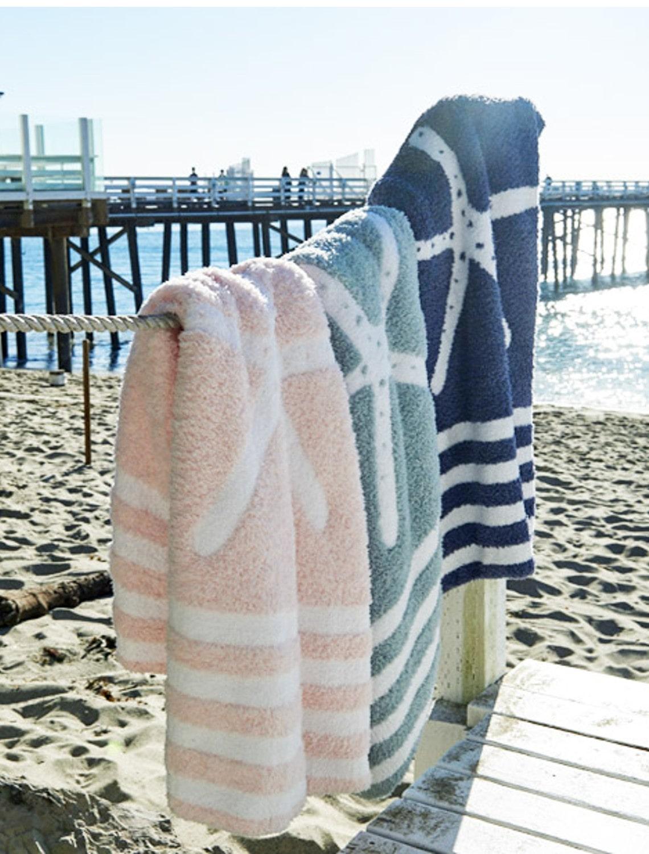 832 CC Starfish Baby Blanket
